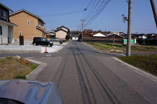 広々前面道路